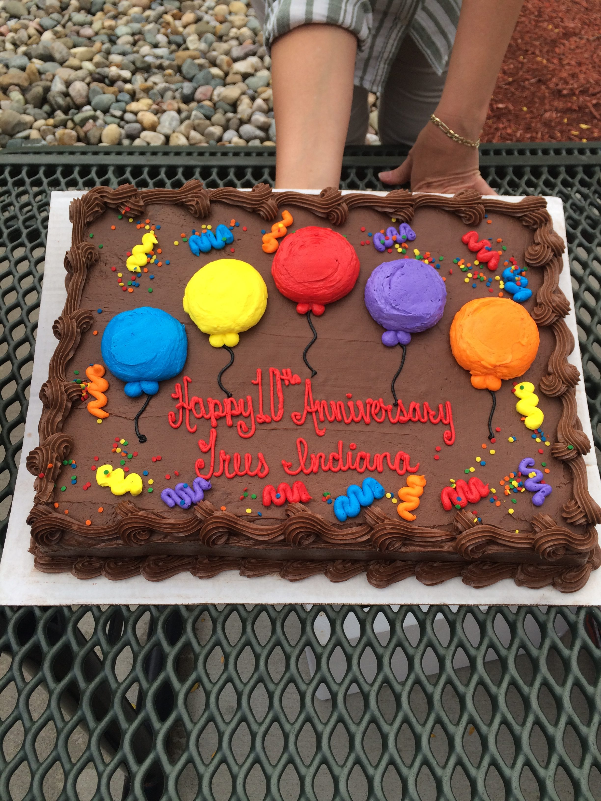 Ten year anniversary celebration at Redwood Inn